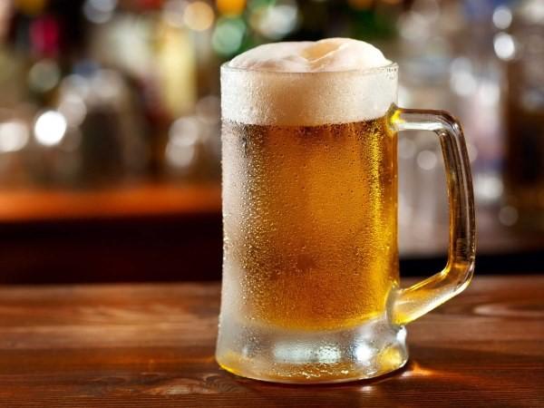 hạn chế uống bia rượu