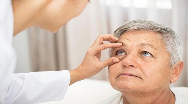 thoái hóa mắt