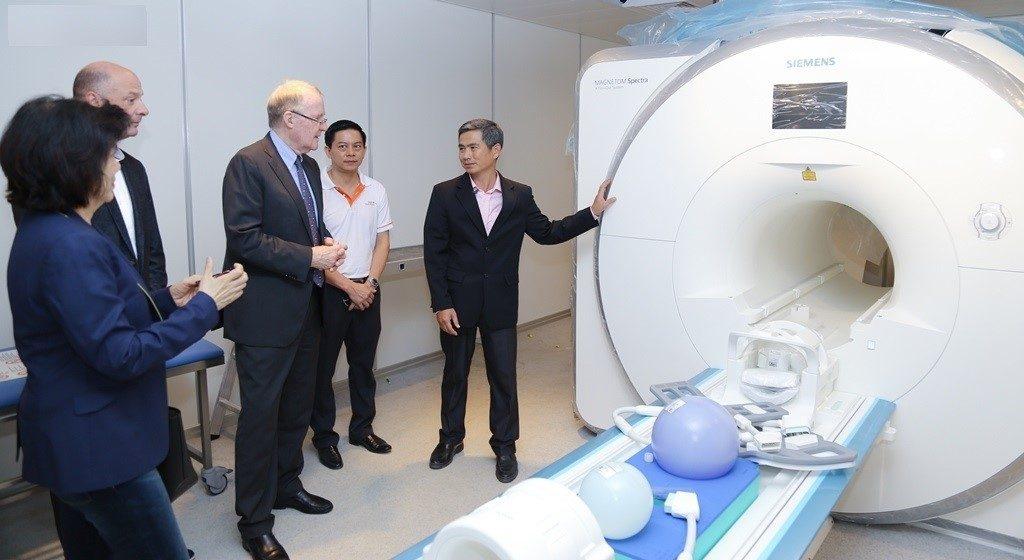 Bệnh viện được trang bị những thiết bị hiện đại