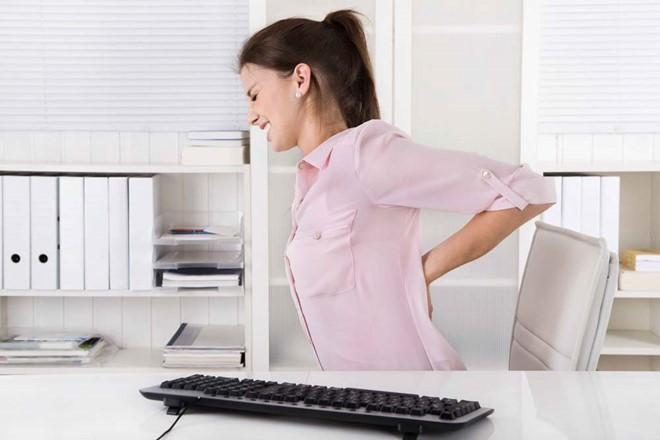 mỏi cơ vùng lưng